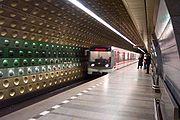 Stanice metra Malostranská z roku 1978 (rekonstruovaná roku 1999)