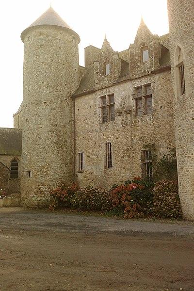 Presbytère d'fr:Étienville  (5e siècle; 16e siècle)
