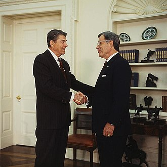 Jeremiah Denton - Denton with President Ronald Reagan in 1986