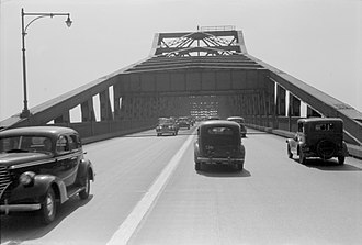 U.S. Route 1/9 - 1941 photo of the Pulaski Skyway