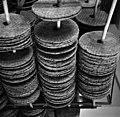 Pyöreitä näkkileipiä Elannon leipätehtaalta-km0000mlix.jpg