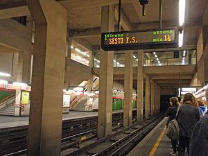 QT8 (Milan Metro) - Image: QT8 stazione MM1
