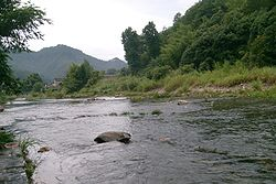Yao River passing near the town centre