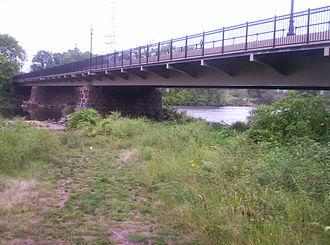 Queen's Bridge (New Jersey) - Image: Queen's Bridge South Bound Brook, New Jersey