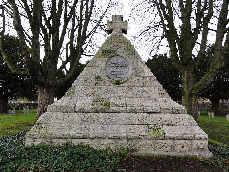 Deutscher Soldatenfriedhof Quesnoy-sur-Deûle in Quesnoy-sur-Deûle
