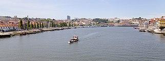 Río Duero a su paso por Oporto, Portugal, 2012-05-09, DD 04.JPG