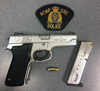 Smith & Wesson Model 5906 - Image: RCMP S&W 5946