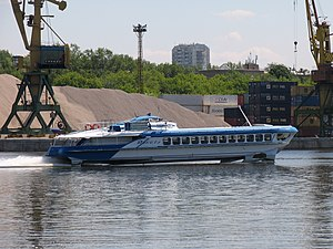 Raketa-191 on Khimki Reservoir 5-jun-2012 03.JPG