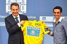 Contador con il presidente del governo spagnolo José Luis Rodríguez Zapatero dopo la vittoria al Tour de France 2010