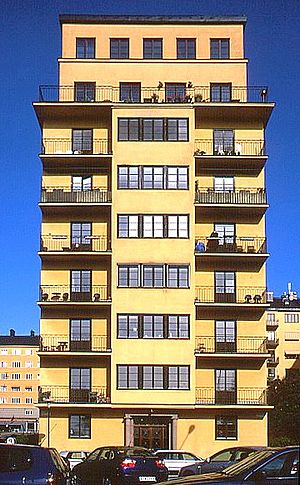 Sven Hedin - Hedin lived with family members in the upper three stories of this house in Stockholm, Norr Mälarstrand 66, from 1935 until his death in 1952
