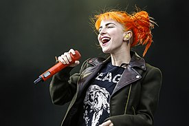 RiP2013 Paramore Hayley Williams 0003.jpg