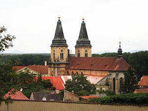 Roudnice nad Labem - Image: Roudnice nl Kostel Narozeni Panny Marie z mesta