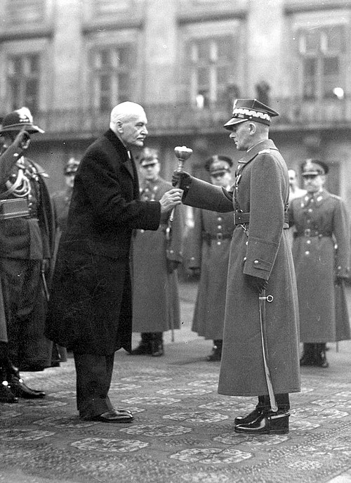 President of Poland Ignacy Moscicki (left), Warsaw, 10 November 1936, awarding the Marshal's bulawa to Edward Rydz-Smigly Rydz Smigly Bulawa1.jpg
