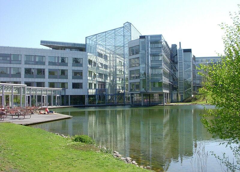SAS byggnad 2010.jpg