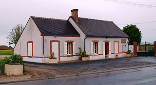 Saint-Hilaire-sur-Puiseaux Commune in Centre-Val de Loire, France