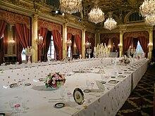 Palais De L 201 Lys 233 E Wikip 233 Dia