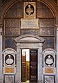 Sant'Agostino Eingang zur Sakristei.jpg