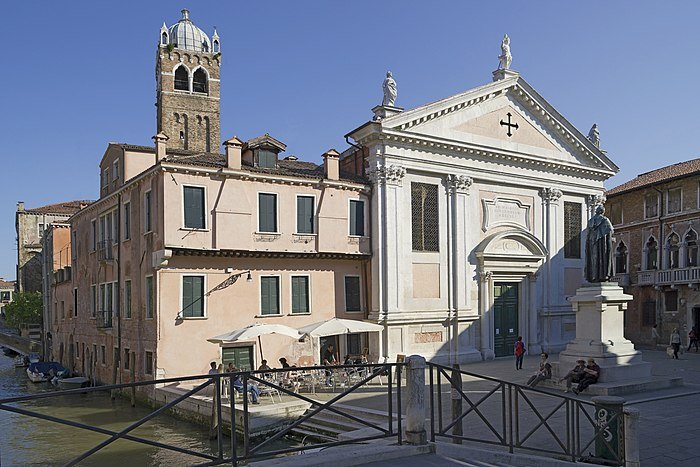 Santa Fosca, Chiesa, e Campo