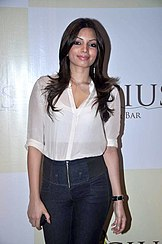 Shama Sikander at the Launch of Apicius Kitchen & Bar lounge.jpg