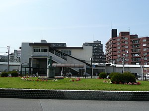 Shin-sayama station south.jpg