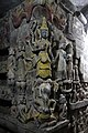 Shite Thaung-Mrauk U-30-Umgang-Ecke-Skulpturen-gje.jpg