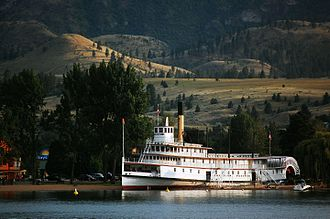 Sicamous (sternwheeler) - Image: Sicamous on beach at Penticton 02