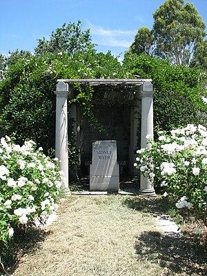 Sidney Myer - Image: Sidney Myer grave 1