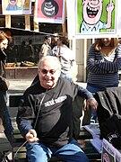 Siné assis 19-03-09.jpg