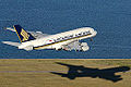 Singapore Airlines Airbus A380 at Sydney Airport.jpg