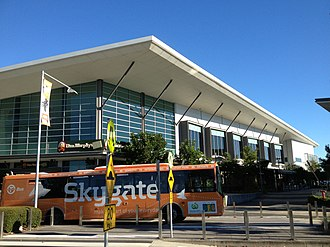Brisbane Airport (suburb) - Skygate Village and bus