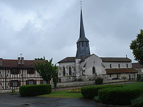 Songy (Marne, Fr) church and timberframe house.JPG