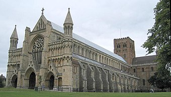 St Albans Cathedral of England, completed in 1089. St-albans-cath.jpg