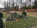 Stadtpark Treuenbrietzen Ehrenhain westlicher Bereich Löwe.jpg