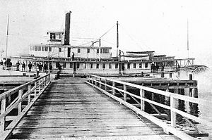 Sternwheeler Multnomah at Three Tree Point, WA, circa 1909.jpg