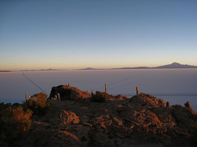 Uyuni Salt Flats Sunrise By Alicia Nijdam (originally posted to Flickr as Sunrise) [CC-BY-2.0 (http://creativecommons.org/licenses/by/2.0)], via Wikimedia Commons