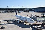 Swiss Airbus A320-214 - HB-IJM (ZRH) (20359321300).jpg