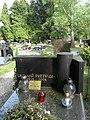 Tadeusz Pietrzak (grób).jpg