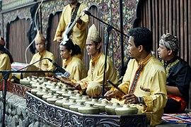 Talempong - Sumatra Barat.jpg