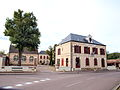 Tannerre-en-Puisaye-FR-89-mairie-01.jpg