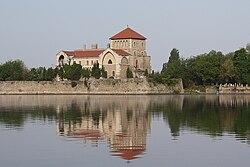 Tata Castle 5.jpg