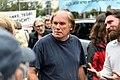 Tegel-Fan in der Diskussion mit Demonstranten (49065438062).jpg