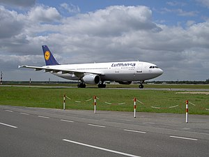 Tegel airport,D-AIAY pic1.JPG