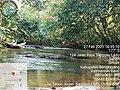 Tempat wisata aruk jeram di Air Terjun Jugan Sanggau Ledo.jpg