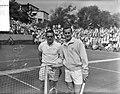 Tenniskampioenen te Noordwijk. (links) DrobnijFrazer (rechts), Bestanddeelnr 907-8785.jpg