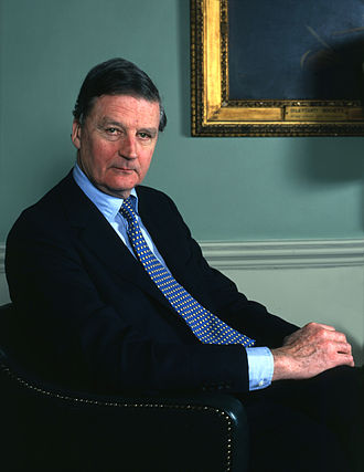 James Hamilton, 5th Duke of Abercorn - Portrait by Allan Warren, 1990