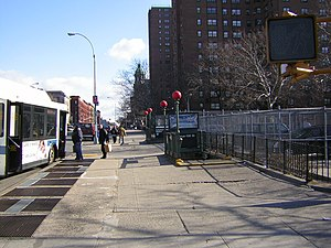 Third Avenue–138th Street (IRT Pelham Line) - Street level