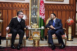 Mazar-i-Sharif - Thomas de Maizière, German Minister of Defense, with Balkh Governor Atta Muhammad Nur in 2010.