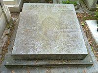 Tissandier grave.jpg