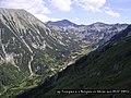 Todorka peak end Vihren hut ,връх Тодорка и хижа Вихрен от Джамджиев ръб - panoramio.jpg