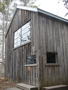 220px-Tom_Thomson_cabin_at_Mc ...